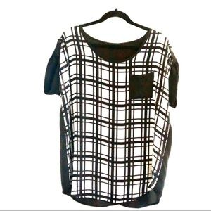Fashion To Figure Black and White Shirt. Size 1X
